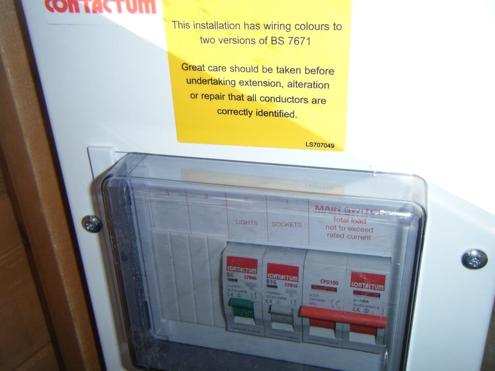 o new fuse box for house roslonek net,Yellow House Fuse Box