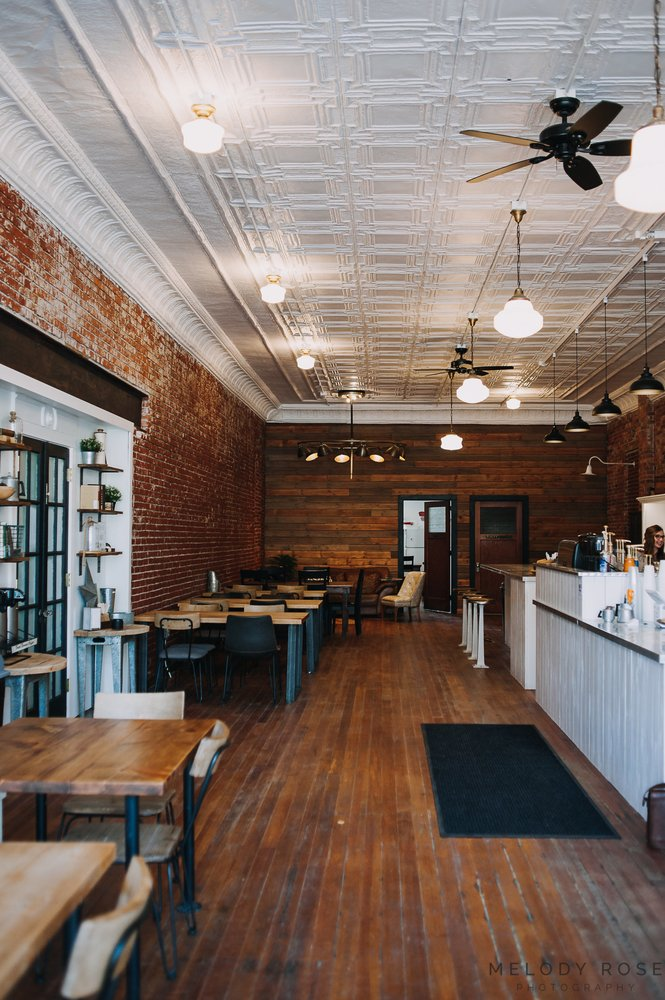 Brickhouse Coffee: 512 Elm St, Williamsburg, IA