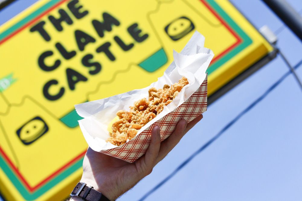 The Clam Castle: 1324 Boston Post Rd, Madison, CT