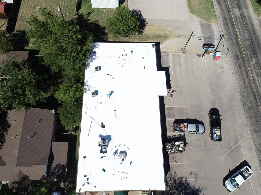 Kent Elliott Roofing: 128 W Washington, San Angelo, TX