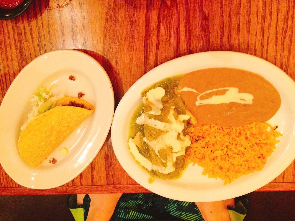 Tacos Oaxaca: 809 W Front St, Lillington, NC
