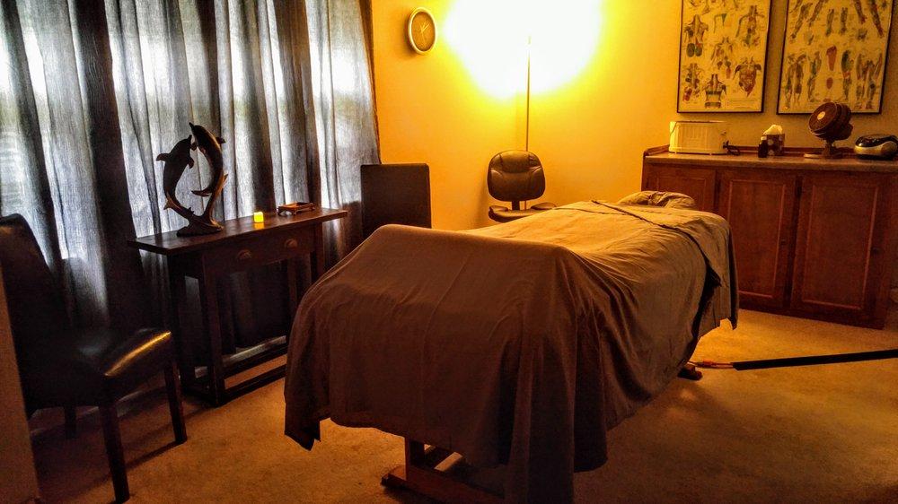 Bodyworks Massage And Spa: 2752 N Highland, Jackson, TN