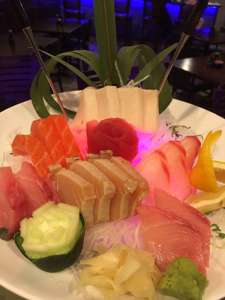 Pacific spice sushi asian cuisine 168 fotos y 145 for Asian 168 cuisine
