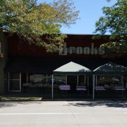 Brooks Fabrics - Fabric Stores - 220 N Main St 7736fe949