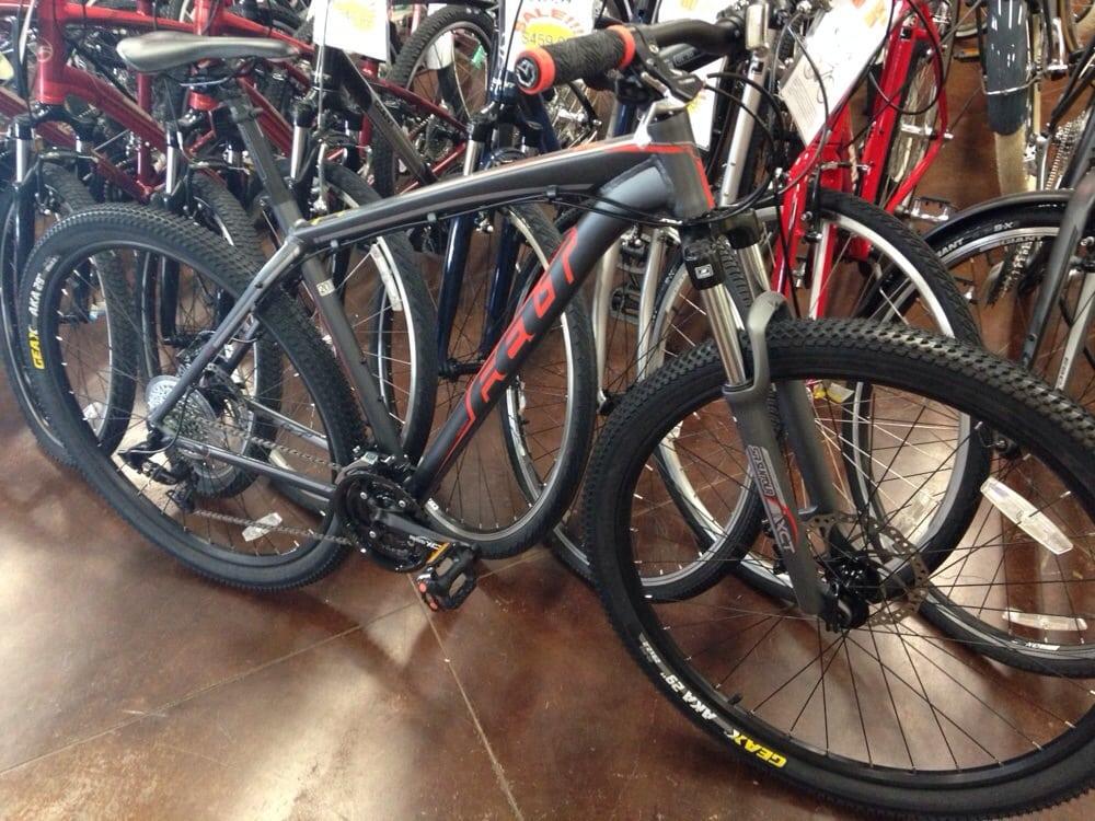 Berridge Bikes: 321 Texas Blvd, Texarkana, TX