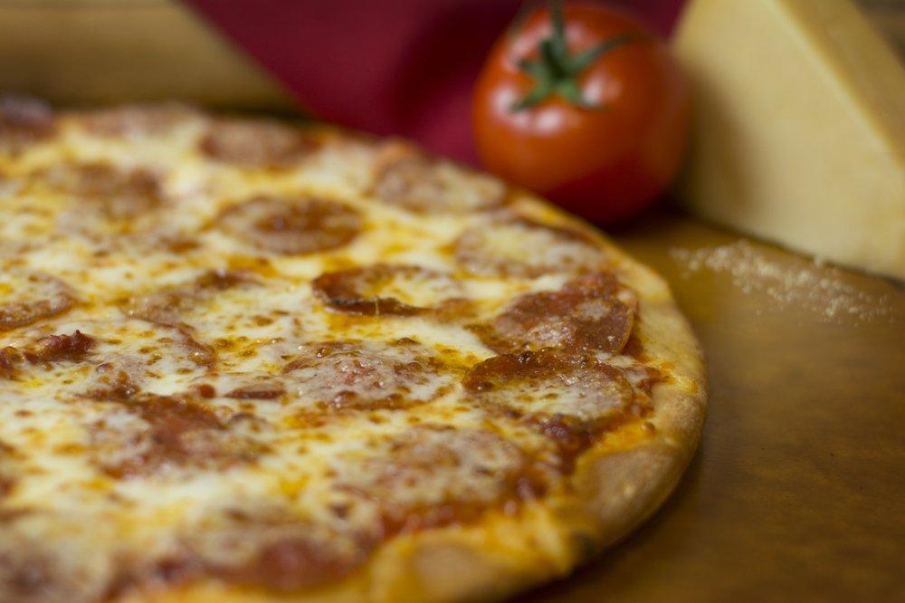 Mama Delucas Pizza: 80863 Main St, Memphis, MI