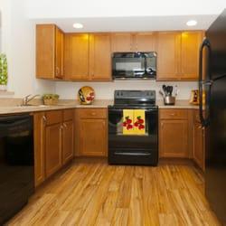 The Evergreens At Laurel - 39 Photos - Apartments - 11735 S Laurel ...