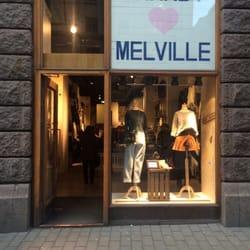 brandy melville stockholm öppettider
