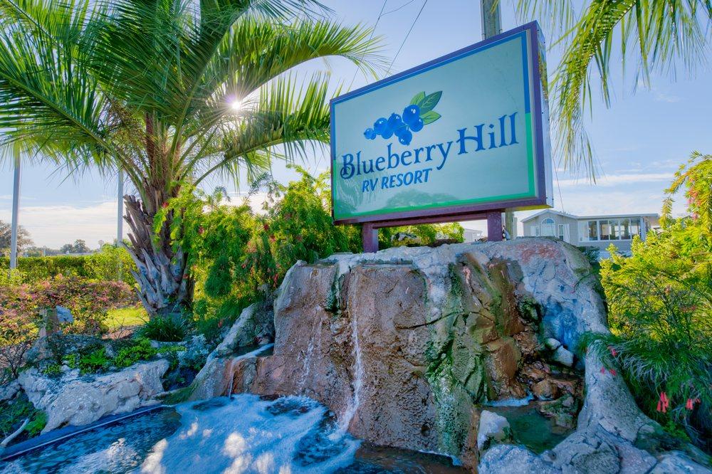 Blueberry Hill RV Resort: 6233 Lowery St, Bushnell, FL