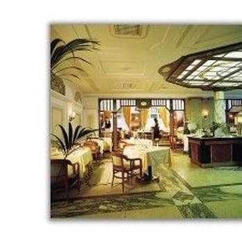 restaurant brasserie 13 fotos 15 beitr ge international bahnhofstr 1 3 innenstadt. Black Bedroom Furniture Sets. Home Design Ideas