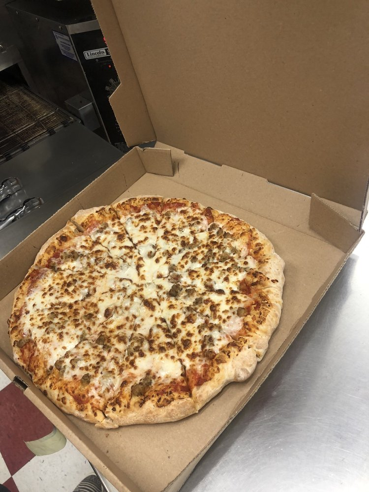 The Pizza Place: 110 W Rock Island Ave, Boyd, TX