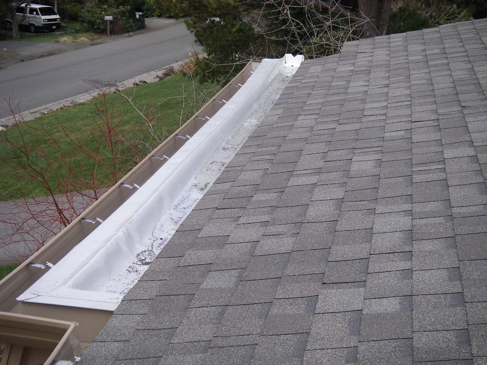 Very Technical Roof Detail With Owens Corning Oakridge