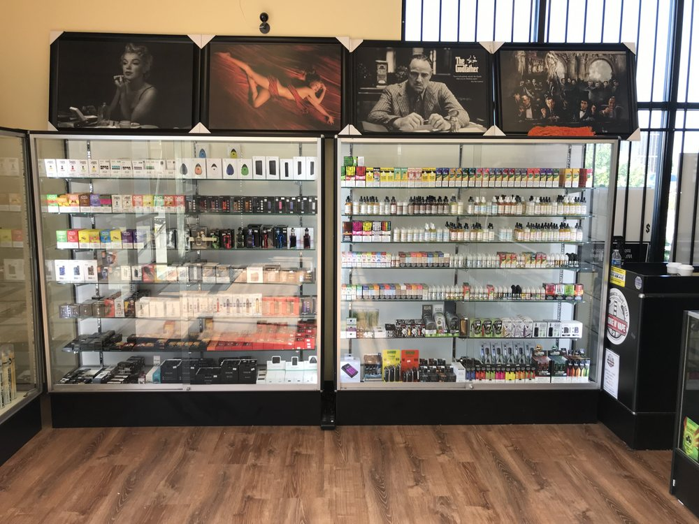 Smoke Shop: 450 Highway 101 N, Crescent City, CA