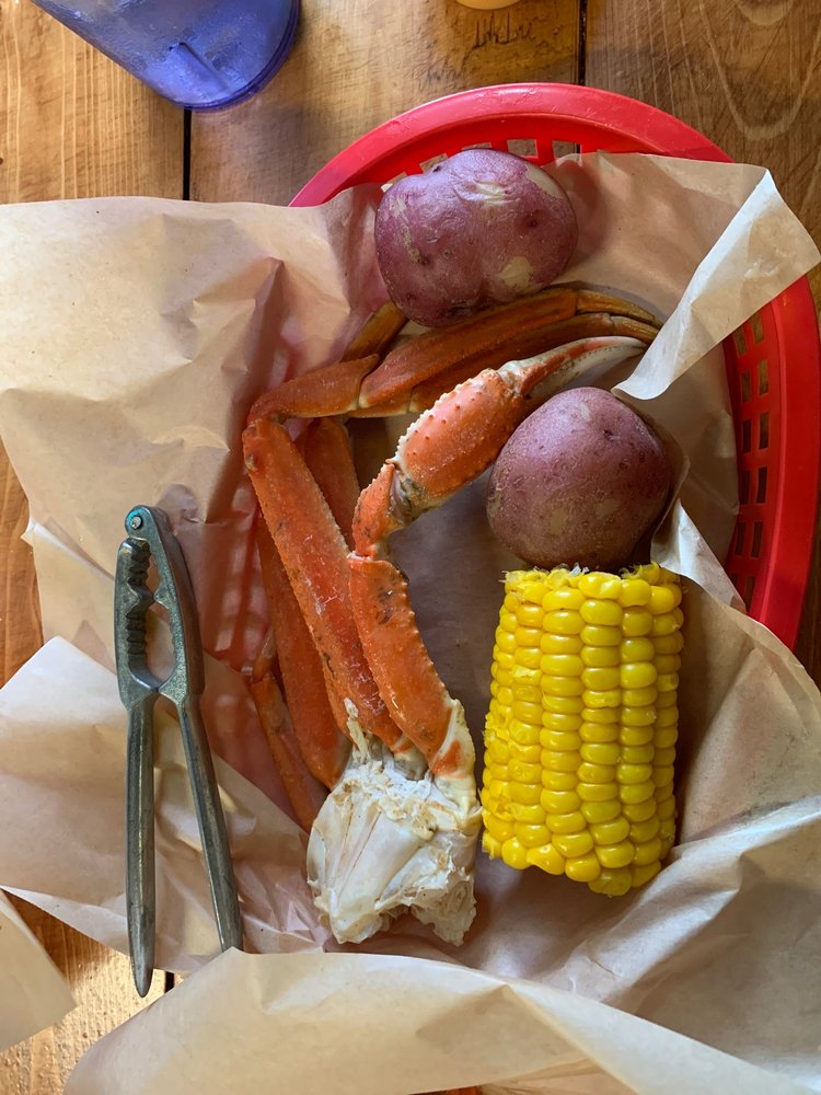 Yamato Sushi Steak House: 612 W Corsicana St, Athens, TX