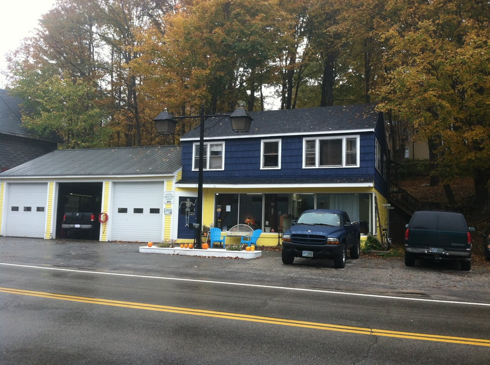 Haley's Service Center, LLC: 4 Forest Rd, Hancock, NH