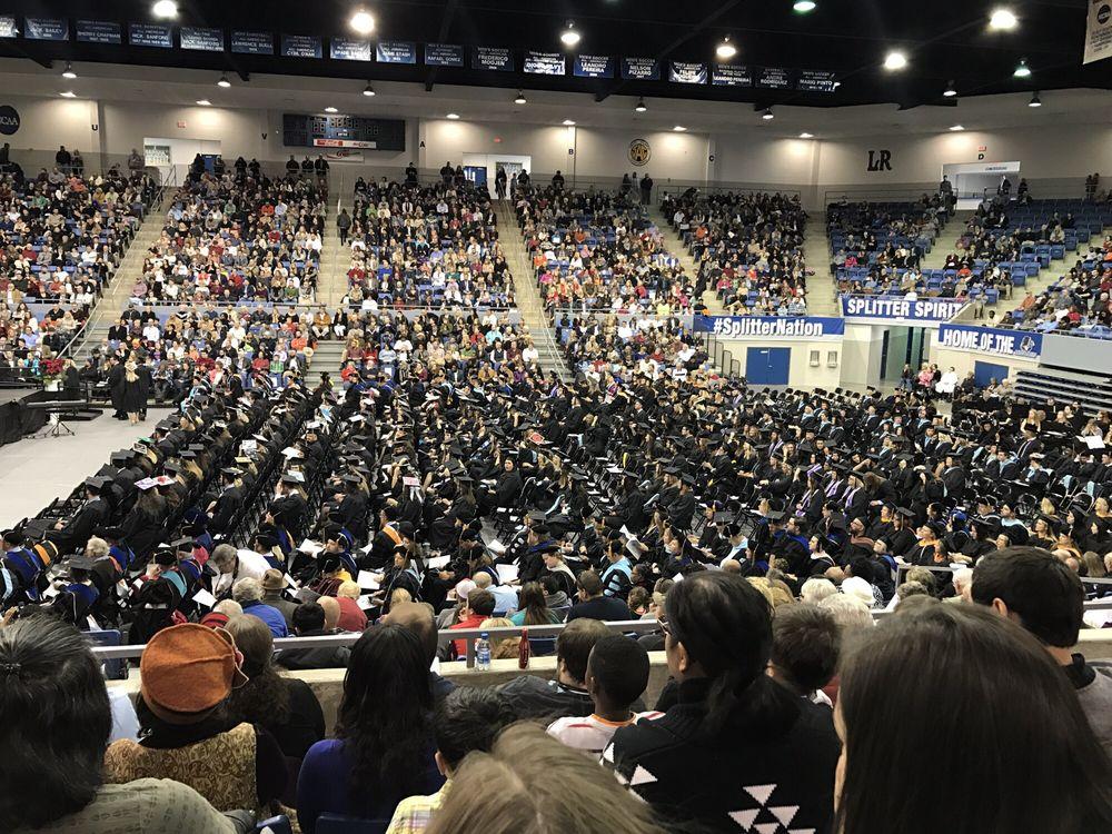 Lincoln Memorial University: 6965 Cumberland Gap Pkwy, Harrogate, TN