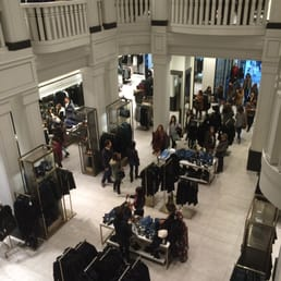 Zara espa a abbigliamento femminile calle gran via 34 - Zara gran via telefono ...