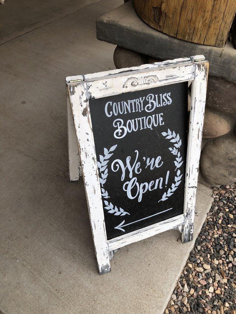 Country Bliss Boutique: 1665 E White Mountain Blvd, Pinetop, AZ