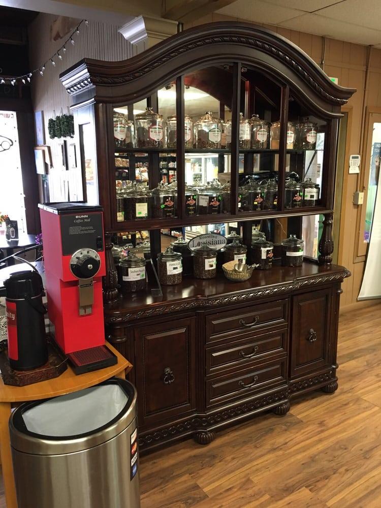 Java Joe's Coffee: 107 S Washington St, DeRidder, LA