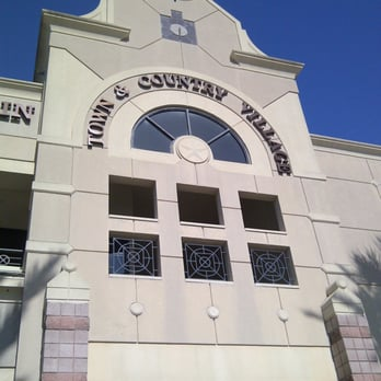 Town And Country Houston >> Town And Country Village New 23 Reviews Shopping Centers