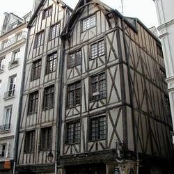 maison l enseigne du faucheur landmarks historical buildings 11 rue fran ois miron 4 me. Black Bedroom Furniture Sets. Home Design Ideas