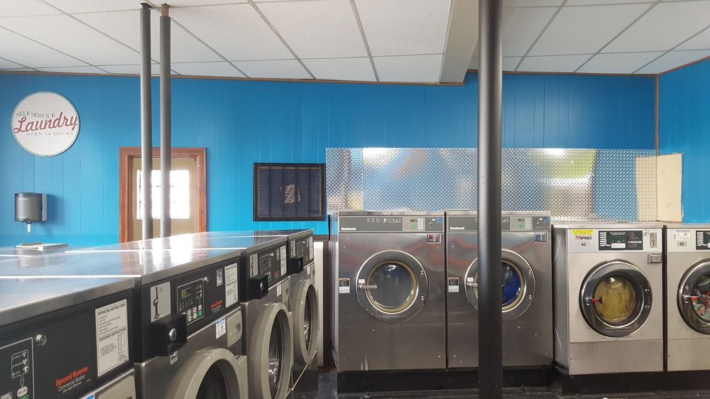Lowell Hometown Cleaners & Laundromat: 127 Washington St, Lowell, IN