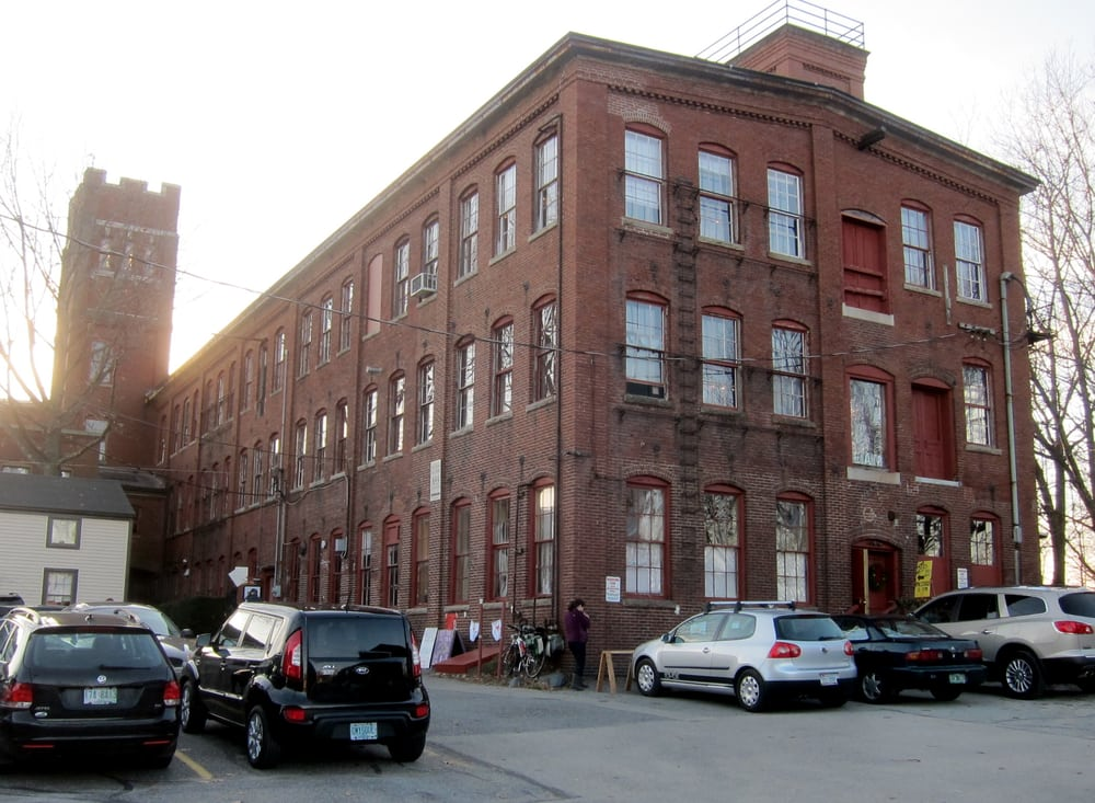 Button Factory Studios: 855 Islington St, Portsmouth, NH