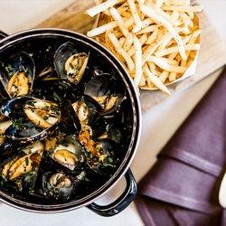 Best Restaurants Liberty Station In San Go Ca Last Updated December 2018 Yelp