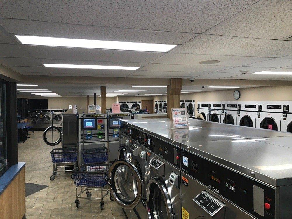 Superwash Laundromat - Old Town: 347 North Ave, Abington, MA