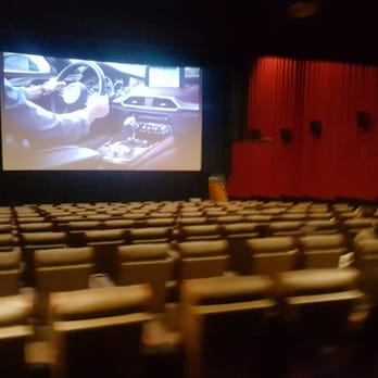 Amc Roosevelt Field 8 54 Photos 51 Reviews Cinema 630 Old Country Rd Garden City Ny Yelp
