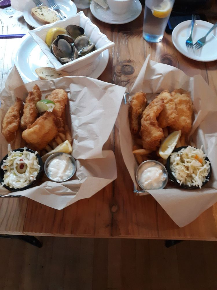South Bay Wild Fish House: 262 9th St, Astoria, OR