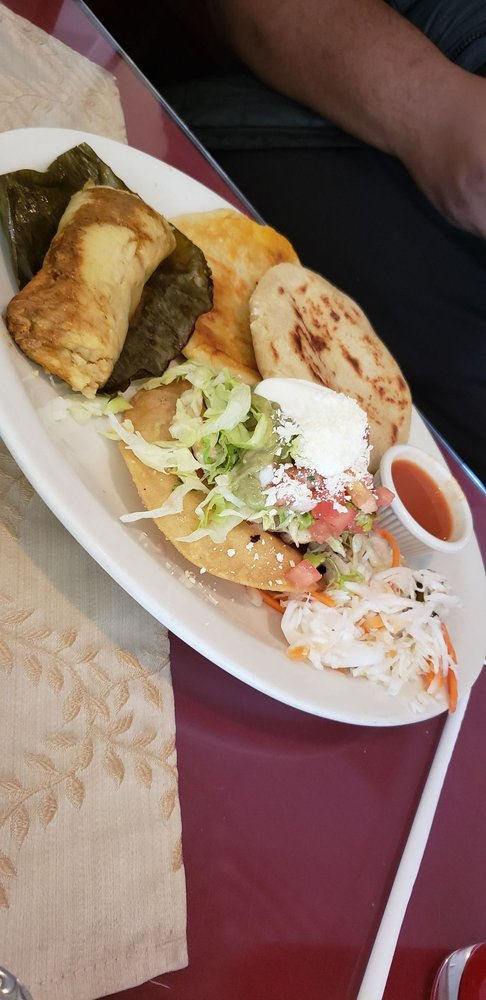 Taqueria El Carrizal: 254 Brighton Ave, Allston, MA