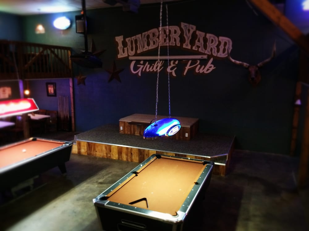 Lumber Yard Grill and Bar: 201 S Main, Urich, MO