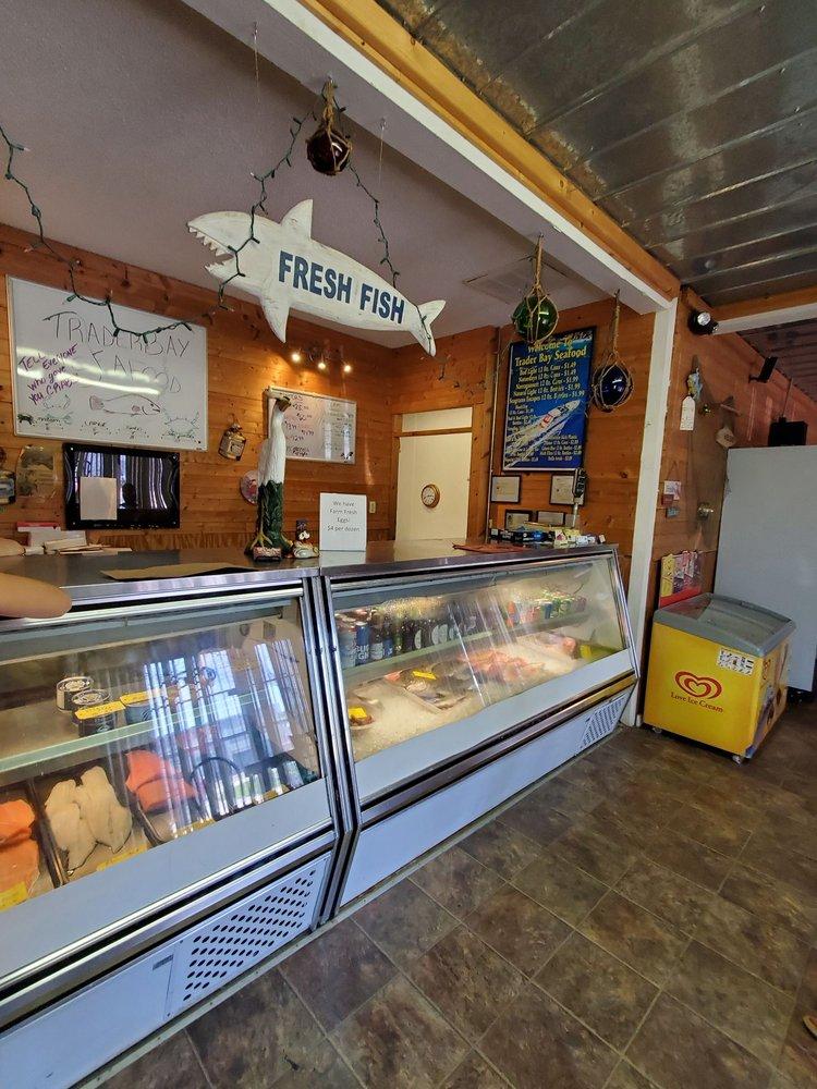 Trader Bay Seafood Company: 4006 Shoal Line Blvd, Hernando Beach, FL