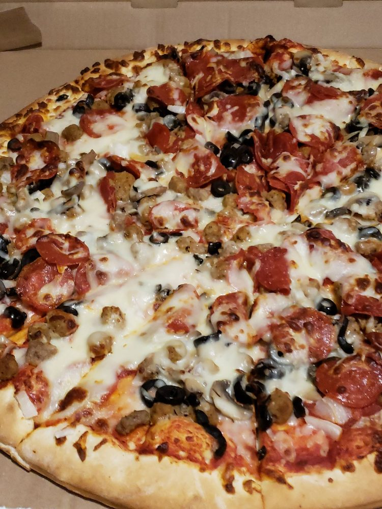Red's Pizza: 1238 Wall St, Richland, GA