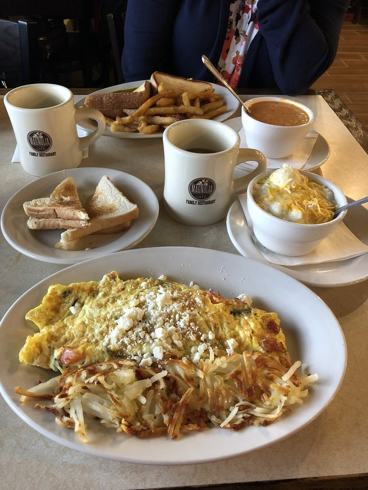 Magnolia Cafe: 901 N 1st Ave, Durant, OK