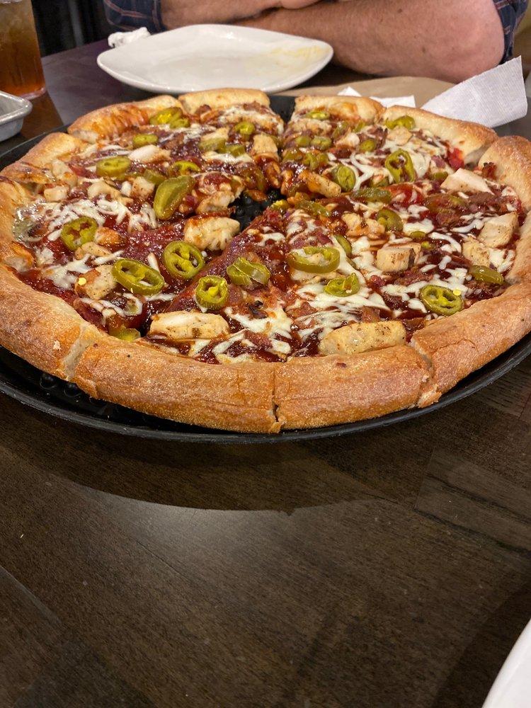 Greek's Pizzeria: 1607 N Meridian St, Portland, IN