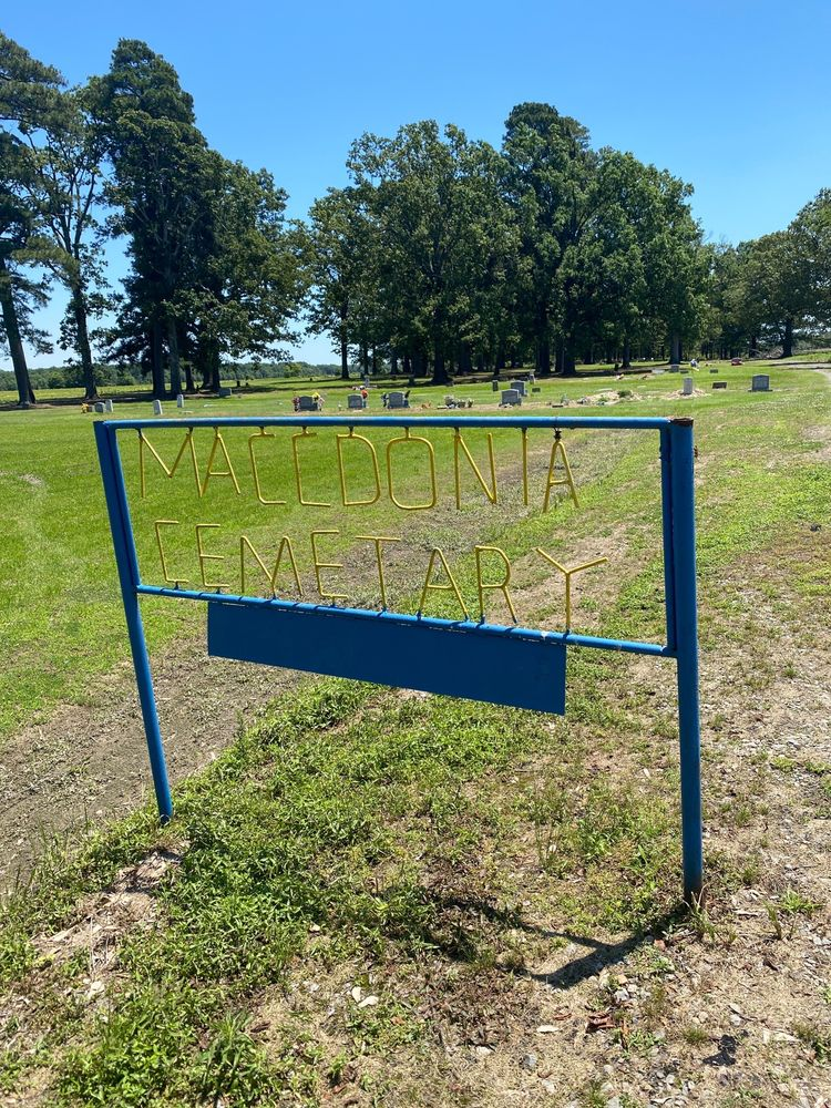 Maccdonia Cemetery: 794 Crouch Ln, Brinkley, AR