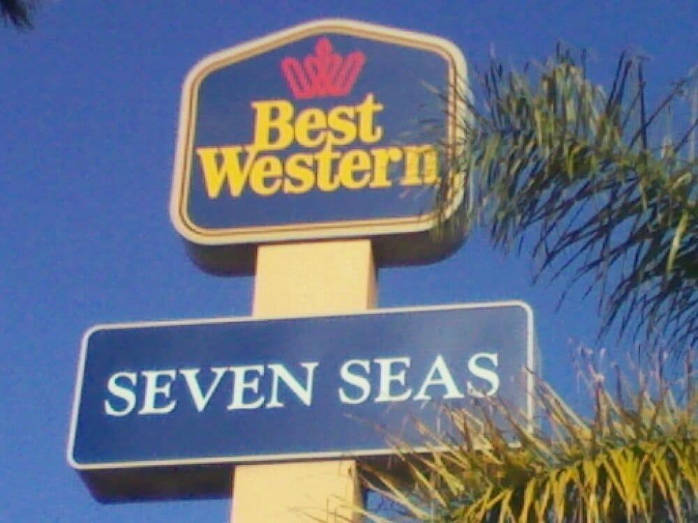 Restaurants Near Best Western Seven Seas