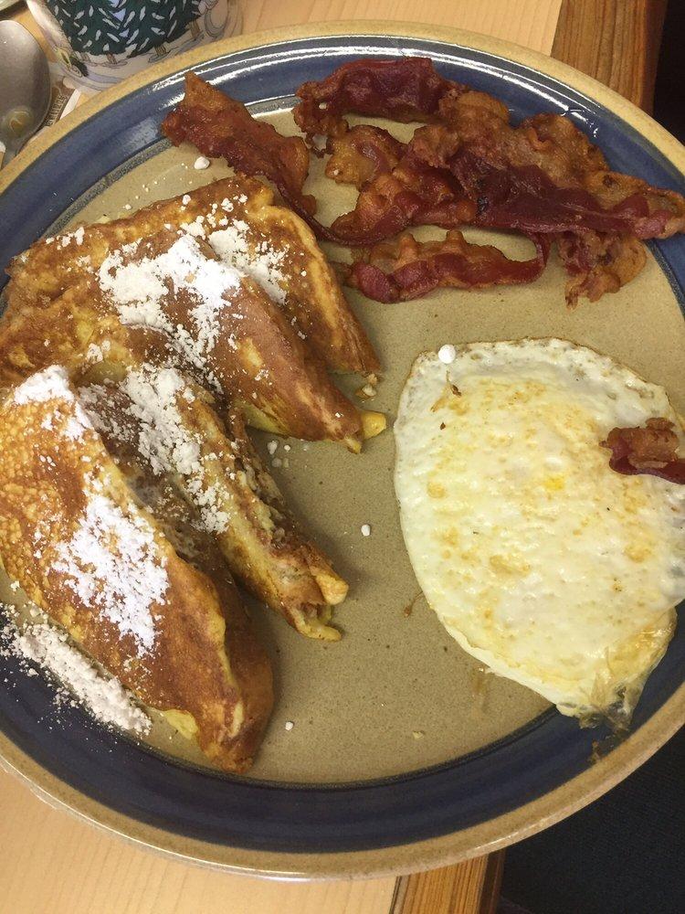 The Cafe: Farm To Market Rd 729, Avinger, TX