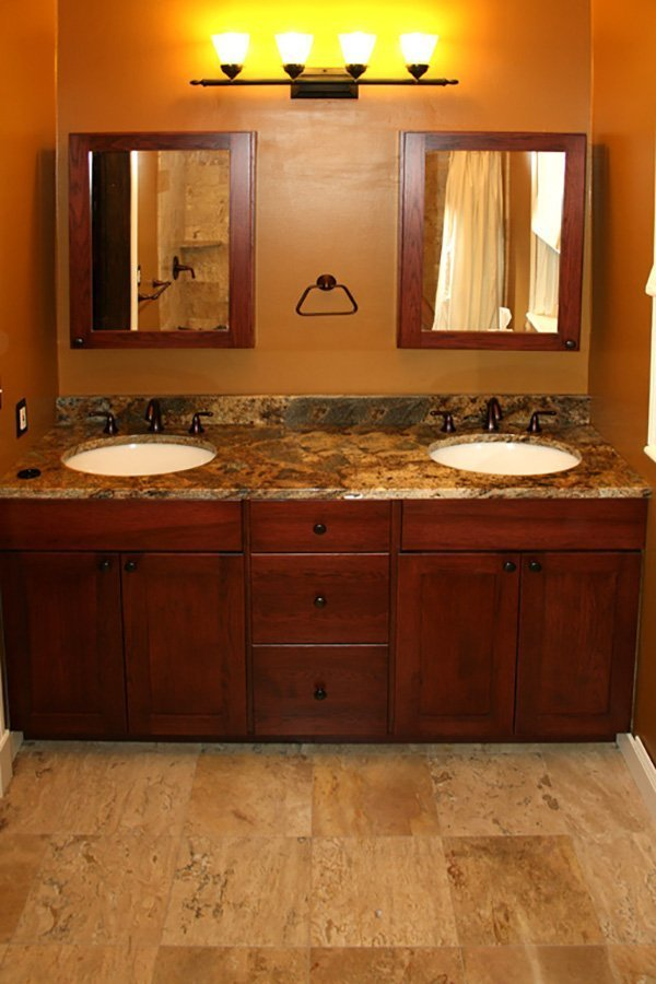 Ultimate construction 12 photos entreprises du for Bathroom cabinets yelp