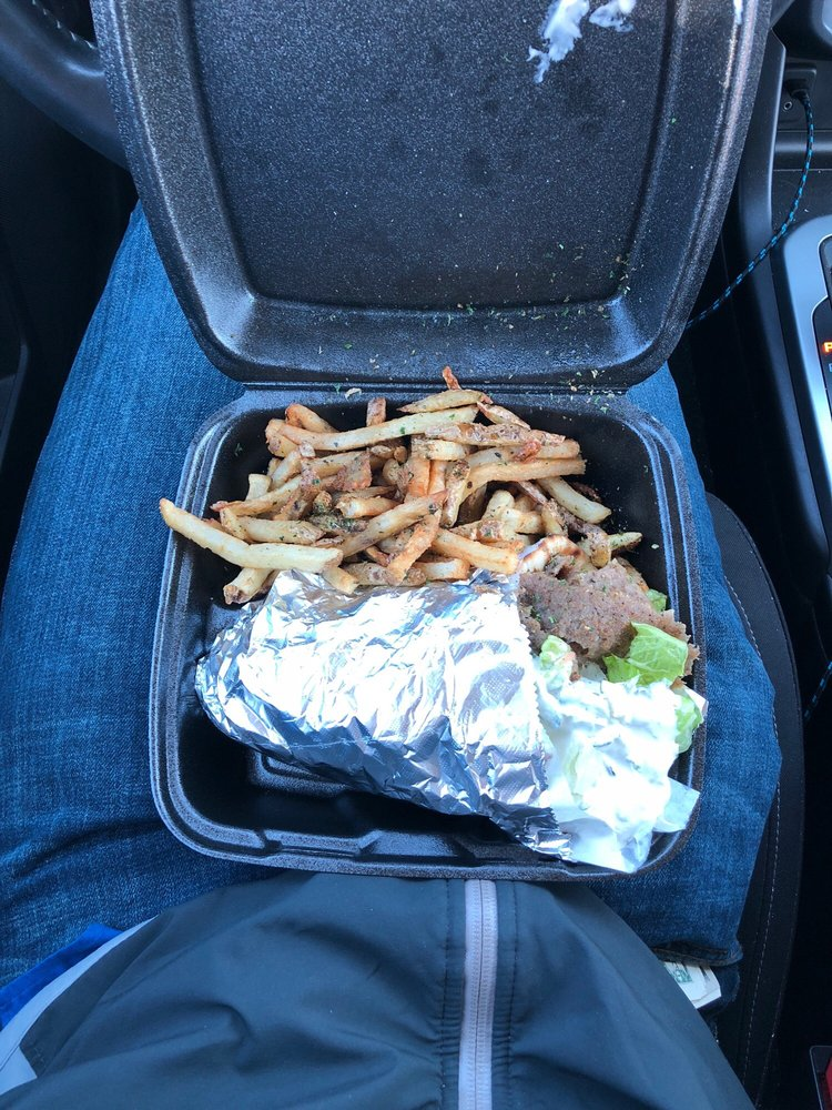 Food from Notis the Gyro King