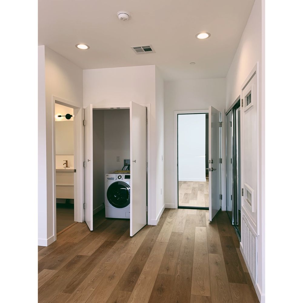 Maid for LA Pro Cleaning Service