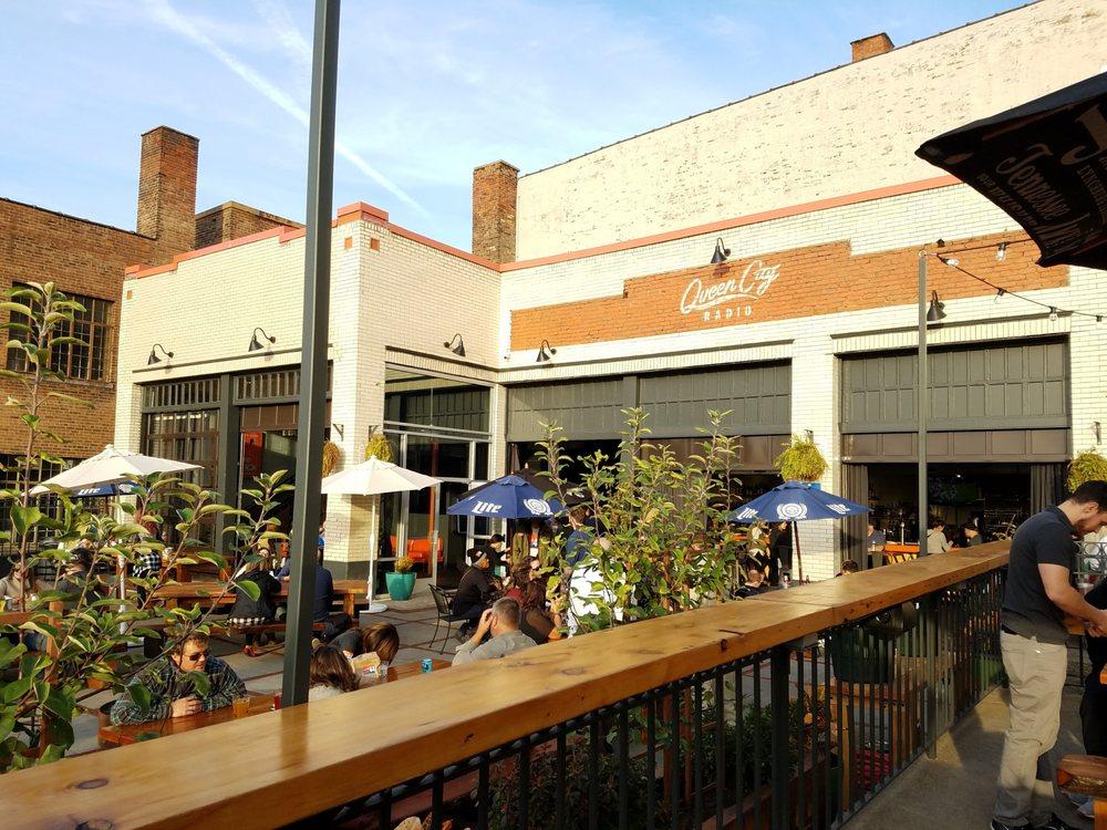 Queen City Radio Beer Garden & Bar: 222 W 12th St, Cincinnati, OH