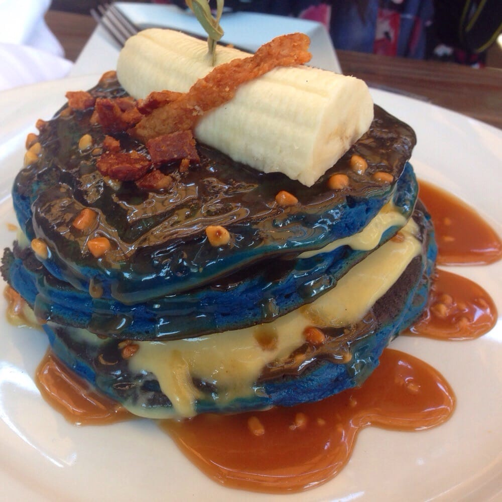 The king blue suede pancakes anyone yelp for Bosscat kitchen