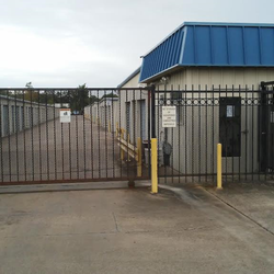 Houston mini storage self storage storage units 1921 for Storage 77080