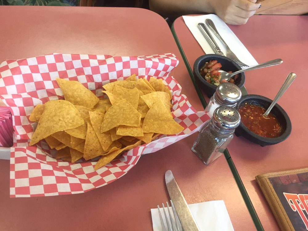 Toreros Mexican Family Restaurant: 1205 N Pacific Hwy, Cottage Grove, OR