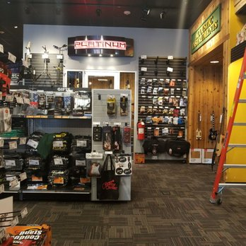 guitar center 45 photos 38 reviews guitar stores 111 old country rd carle place ny. Black Bedroom Furniture Sets. Home Design Ideas