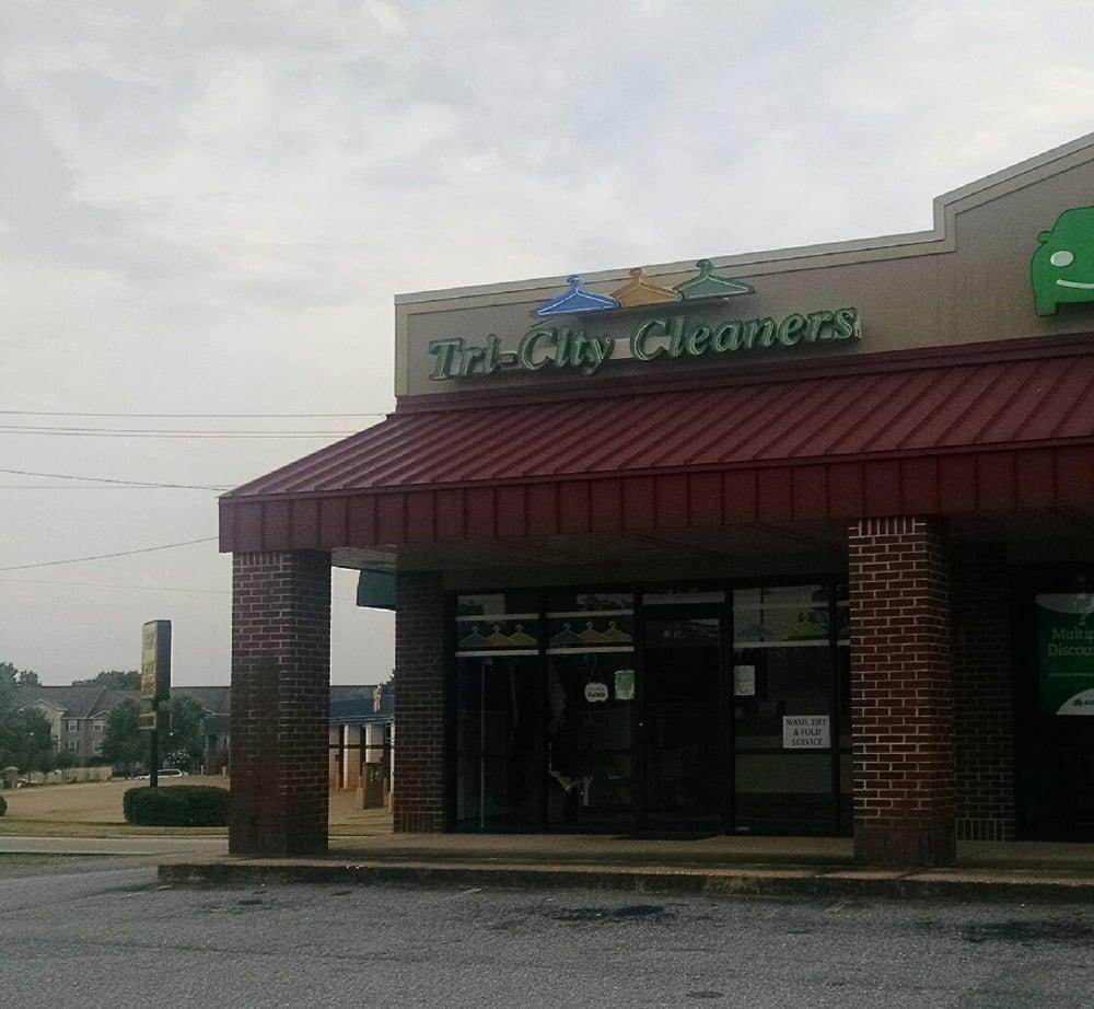 Tri-City Cleaners & Laundry: 3753 Hwy 431 N, Phenix City, AL