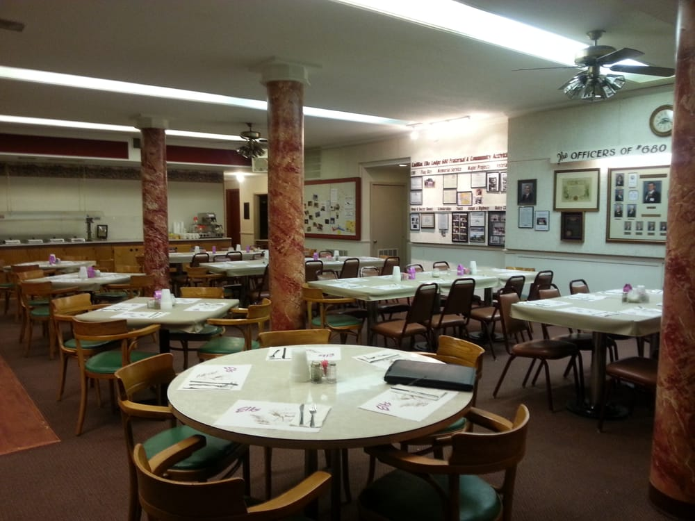 Elks Lodge: 122 S Mitchell St, Cadillac, MI